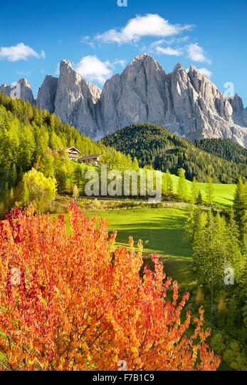 Dolomites Mountains, autumn landscape, Val Di Funes, Alps, Tyrol, Italy - Stock-Bilder