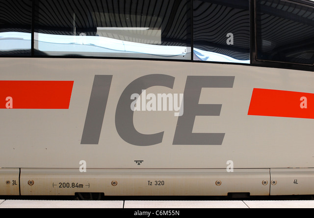 InterCIty Express / ICE train at Munich Station, Munich, Germany - Stock-Bilder