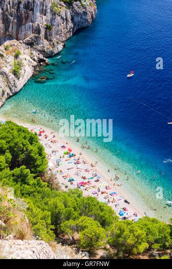 Beautiful beach in Makarska Riviera, Makarska in Dalmatia - Stock Image