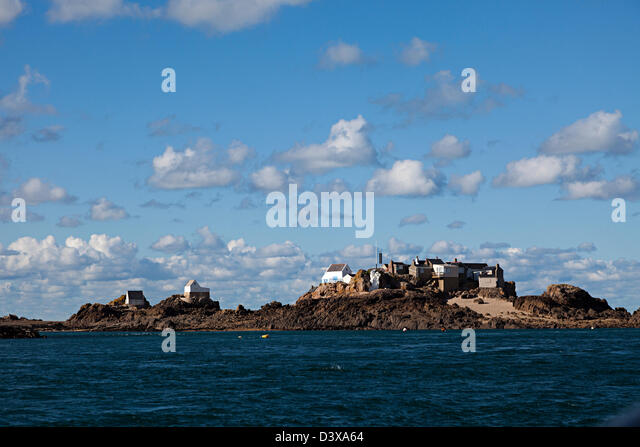 Fishermen's houses on Ecrehous island off Jersey, Channel islands, UK - Stock-Bilder