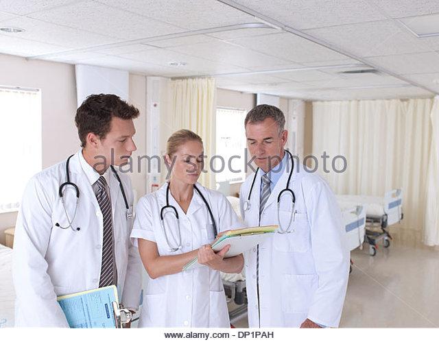 Portrait of doctors in hospital - Stock Image