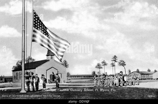 Retreat, Flexible Gunnery School, Fort Myers, Florida, USA, 1943. Artist: Southeast Army Air Forces Training Center - Stock Image