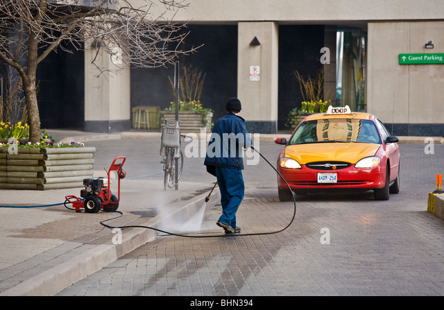 Automatic Car Wash Montreal