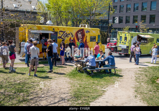 Food truck in Montreal - Stock Image