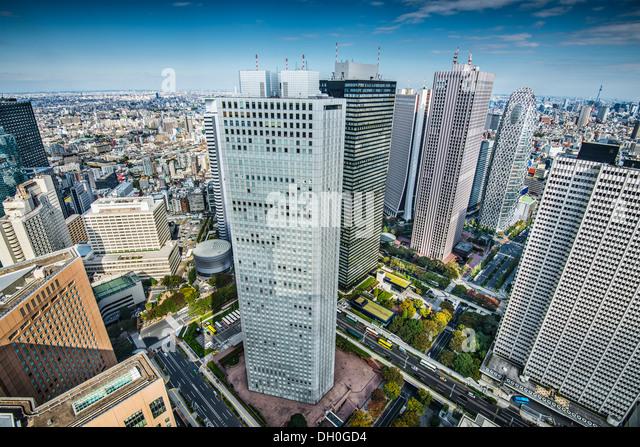 Financial buildings in Shinjuku, Tokyo, Japan. - Stock-Bilder