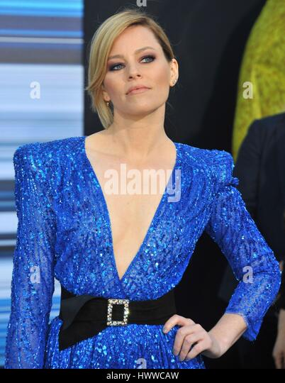 Los Angeles, California, USA. 22nd Mar, 2017. Elizabeth Banks at arrivals for SABAN'S POWER RANGERS Premiere, - Stock-Bilder