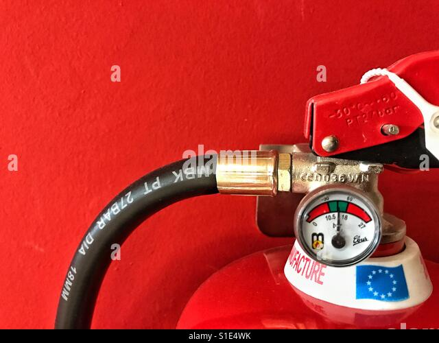 Fire extinguisher detail, pressure gauge - Stock-Bilder