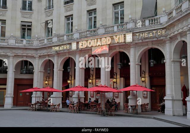Cafe Theatre Paris Moulin Rouge Pigalle