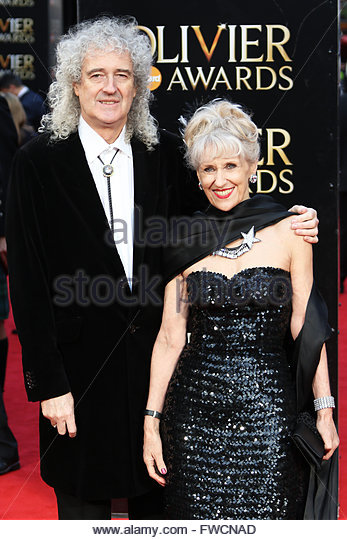 London,Great Britain. April 3rd, 2016. UK, London: Brian May and Anita Dobson hit the red carpet for the Olivier - Stock Image