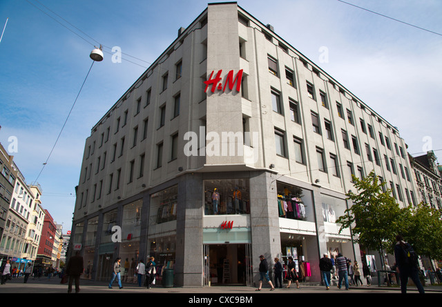 the value of hennes mauritz The purpose of this thesis is to assess the impact of hennes & mauritz´s (h&m) corporate social responsibility (csr) initiatives on the market value h&m is a multinational retail company with a primary.
