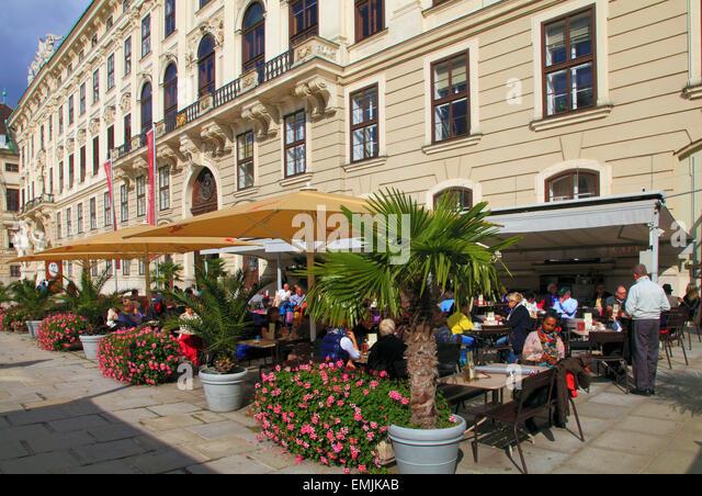 Cafe Burghof Schloss Burg