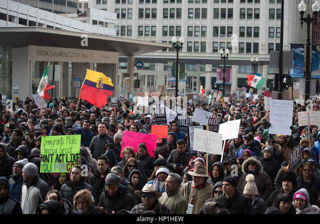 Chicago, USA. 16th Feb, 2017. Protesters in Chicago marched as part of a Nationwide protest called Day Without Immigrants - Stock-Bilder