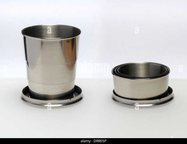 Collapsible metal travel cup - Stock-Bilder
