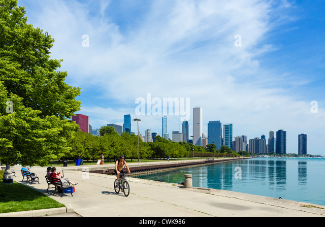 The city skyline from the lakefront in Grant Park, Chicago, Illinois, USA - Stock Image