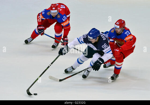 Moscow, Russian Federation. 21st May, 2016. From left: Sergey Kalinin (RUS), Mikko Rantanen (FIN) and Roman Lyubimov - Stock Image
