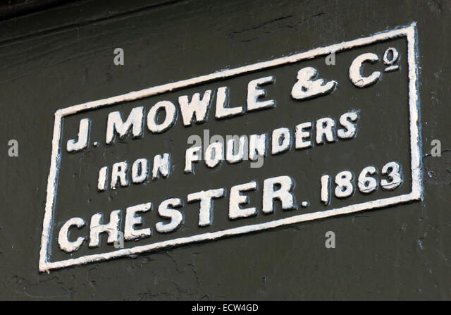 Iron Founders mark J.Mowle & Co Chester 1863 on a canal bridge - Stock Image
