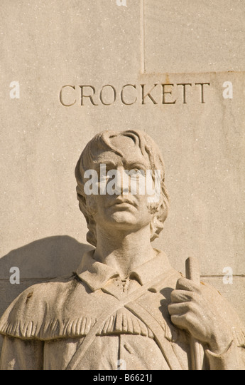 David Davy Crockett sculpture Statue Spirit of sacrifice Alamo Heroes Monument The Alamo Cenotaph Alamo Plaza San - Stock Image