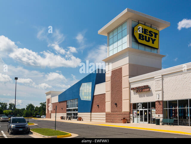 Entrance to large Best Buy consumer electronics store in Gainesville, Virginia, USA - Stock Image