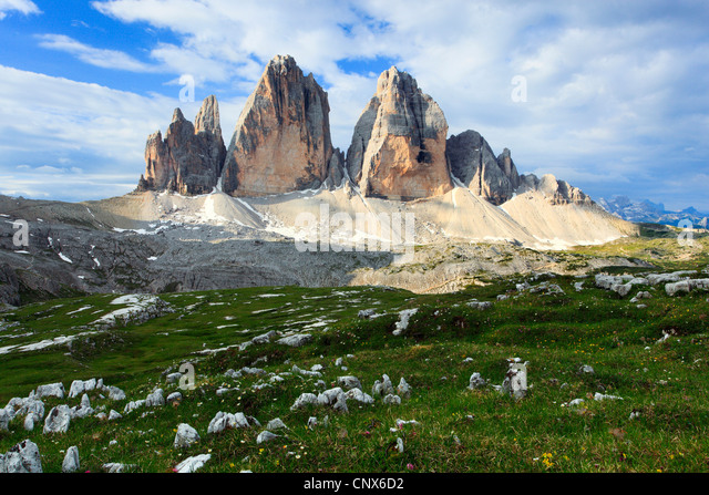 impressive mountain formation 'The Tre Cime di Lavaredo' ('Three Peaks' / Big Peak 2999 m), Italy, - Stock Image