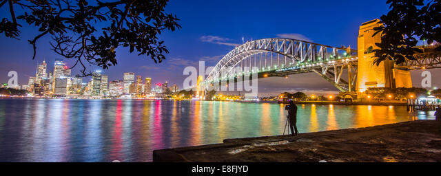 Australia, New South Wales, Sydney, Illuminated cityscape at twilight - Stock-Bilder