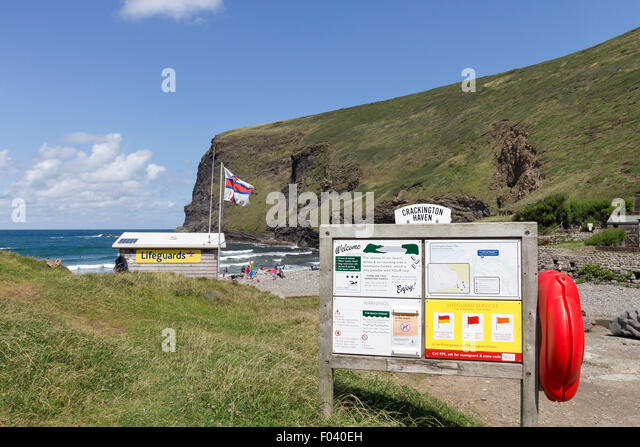 Crackington Haven and Lifeguards Hut in Summer Cornwall UK - Stock Image