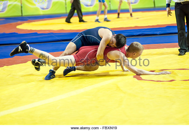 teen boy wrestling comptetion