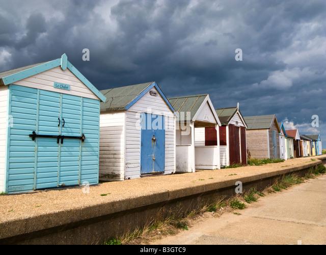 Beach bathing huts at Chapel St Leonards beach, Lincolnshire, England, UK - Stock-Bilder