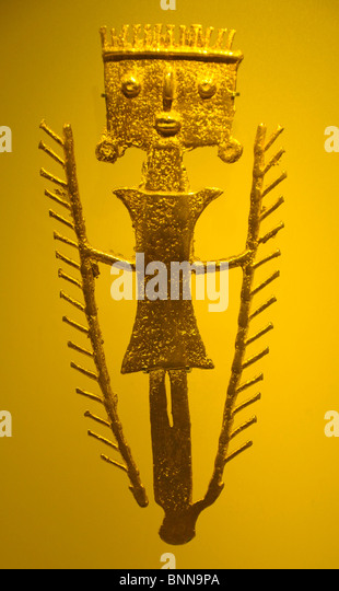 Exhibition pieces Museo del Oro präkolumbianisch Gold Bogota Colombia South America wo man - Stock Image