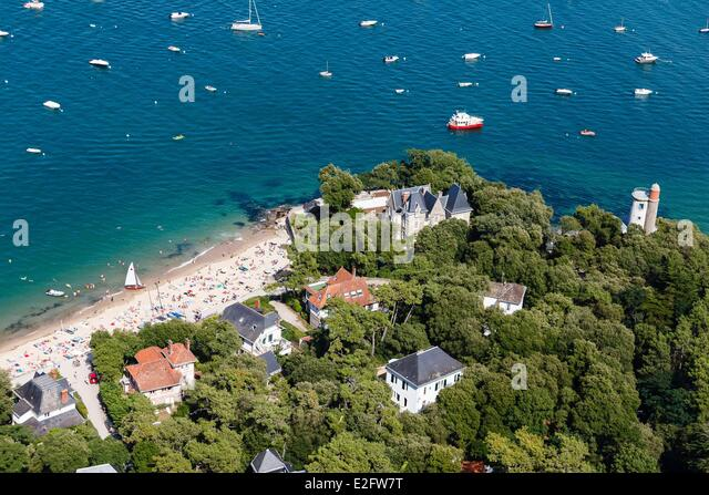 Tower villa stock photos tower villa stock images alamy for Bois de la chaise noirmoutier