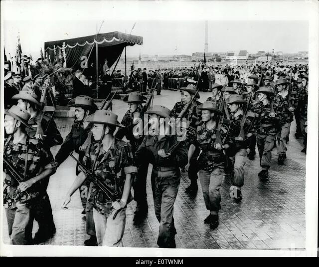 Aug. 08, 1960 - Belgian Troops Return From Congo. King Baudouin Takes Salute. Keystone Photo Shows:- The scene as - Stock-Bilder
