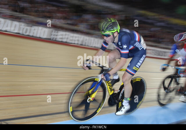 Lee Valley Velo Centre, London UK. 05th Mar, 2016. UCI Track Cycling World Championships Mens Points Race. THOMAS - Stock-Bilder