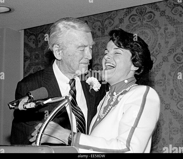 Actor Jimmy Stewart & Mayor Dianne Feinstein 1984 - Stock Image