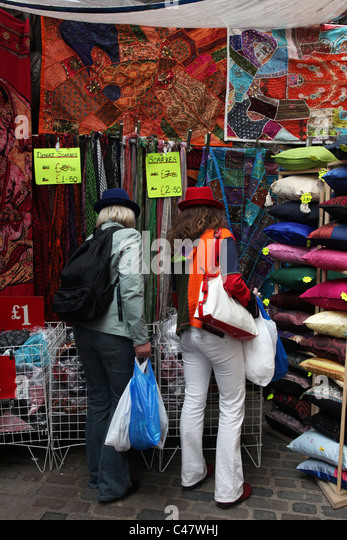 Cushions For Sale Stock Photos Amp Cushions For Sale Stock