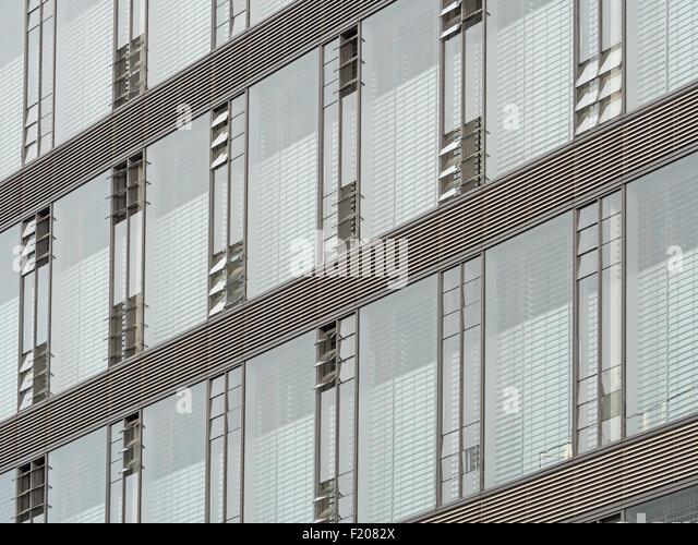 Details einer Glasfassade - Stock-Bilder