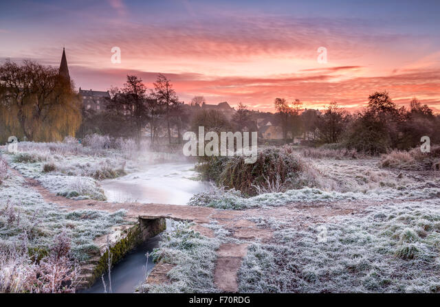 Malmesbury, Wiltshire, UK. 23rd Nov, 2015. The first heavy frost of the winter, as temperatures drop below freezing - Stock Image