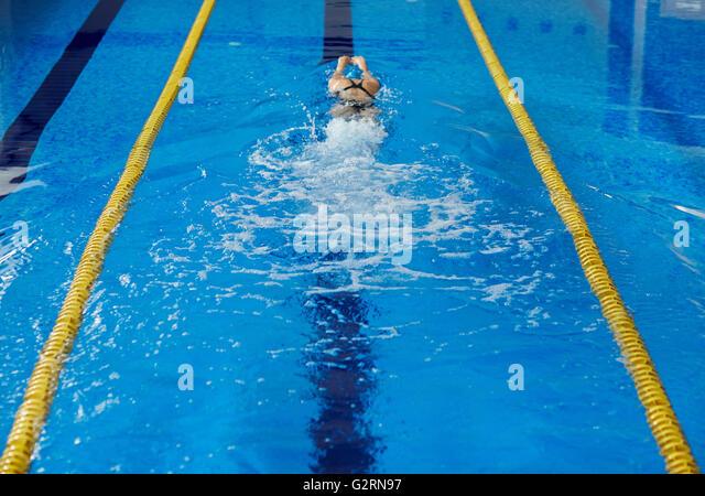 Woman swimming - Stock-Bilder