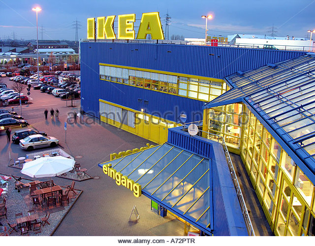 ikea shoppers stock photos ikea shoppers stock images alamy. Black Bedroom Furniture Sets. Home Design Ideas