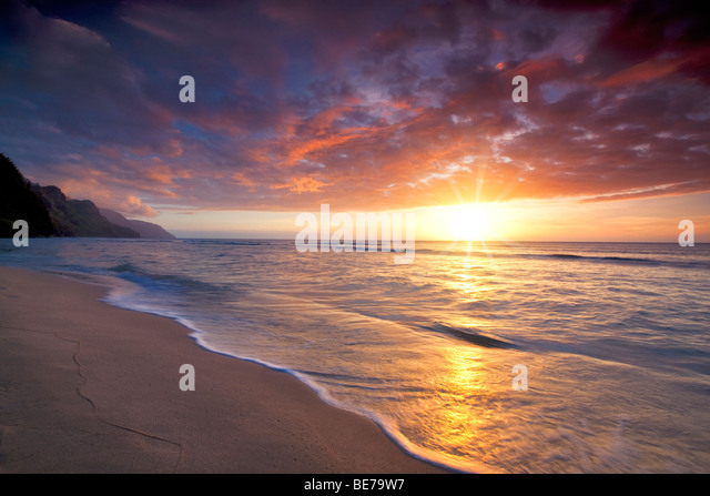 Sunset at Kee Beach. Kauai, Hawaii - Stock Image