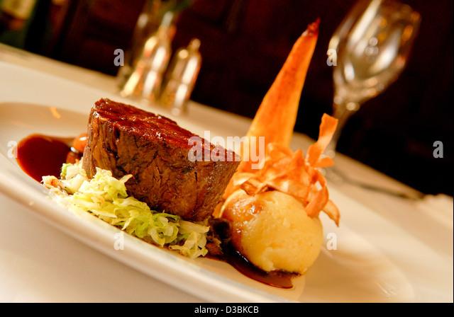 Blade of Beef, creamed potato, parsnip, bourguignon garnish main course at a Shropshire restaurant - Stock Image