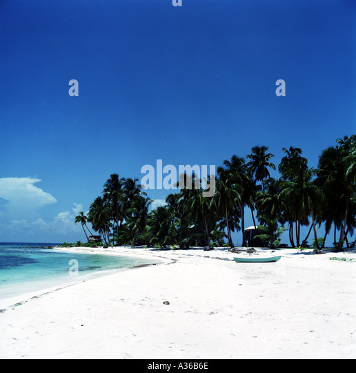 The Beach on Ranguana Caye in Belize - Stock Image