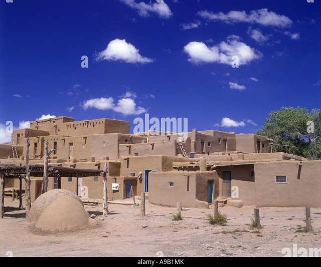 Native american house mud stock photos native american for Pueblo home builders