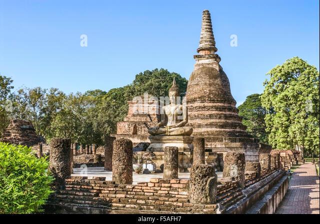 Wat Mahathat, Sukhothai Historical Park, Thailand | Wat Mahathat, Sukhothai Geschichtspark, Thailand - Stock-Bilder
