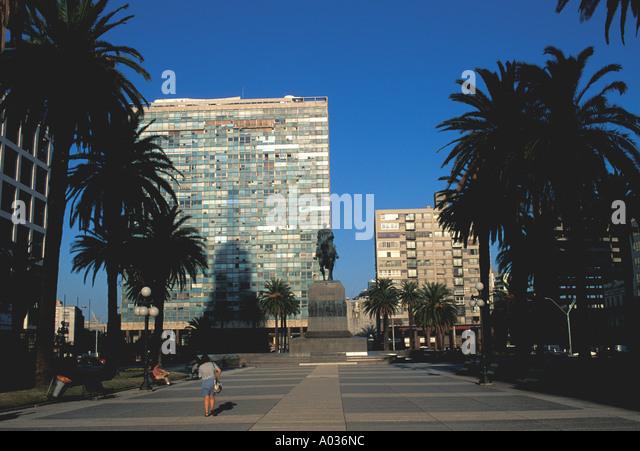 Uruguay montevideo independence plaza main avenue square artigas statue - Stock Image