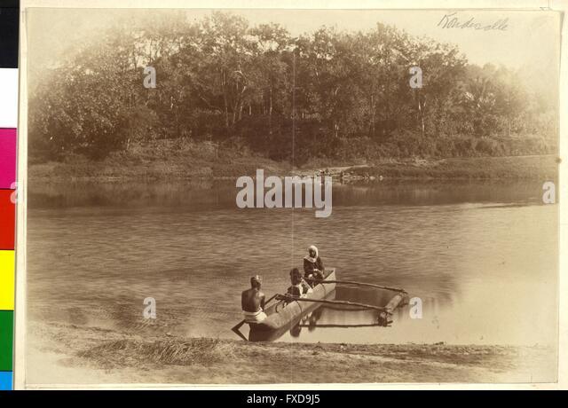 Kanu auf Fluss in Indien - Stock-Bilder