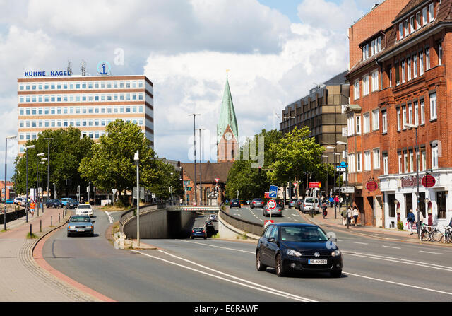 Traffic in Oster Tor, Bremen, Germany - Stock Image