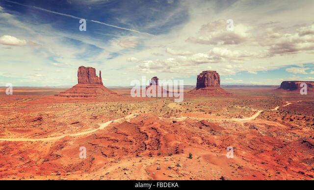 Vintage stylized panoramic view of Monument Valley, USA. - Stock-Bilder