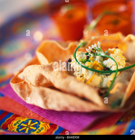 Poppadoms with Indian cheese - Stock-Bilder