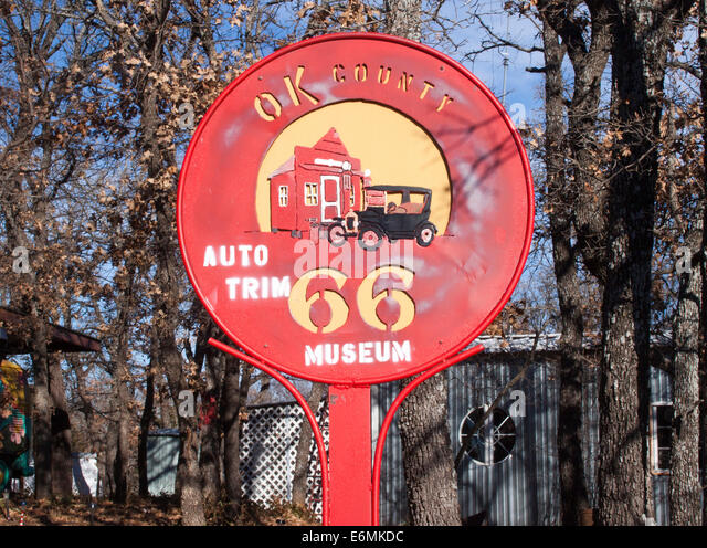 OK County Route 66 sign in Arcadia Oklahoma - Stock Image