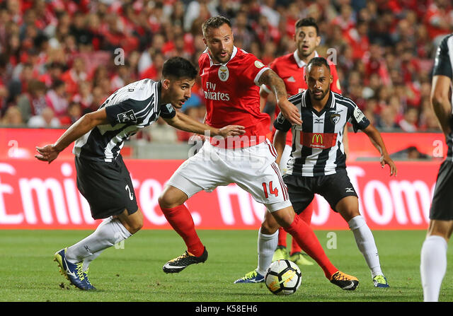 Benfica«s forward Haris Seferovic from Switzerland (C) during the Premier League 2017/18 match between SL Benfica - Stock Image