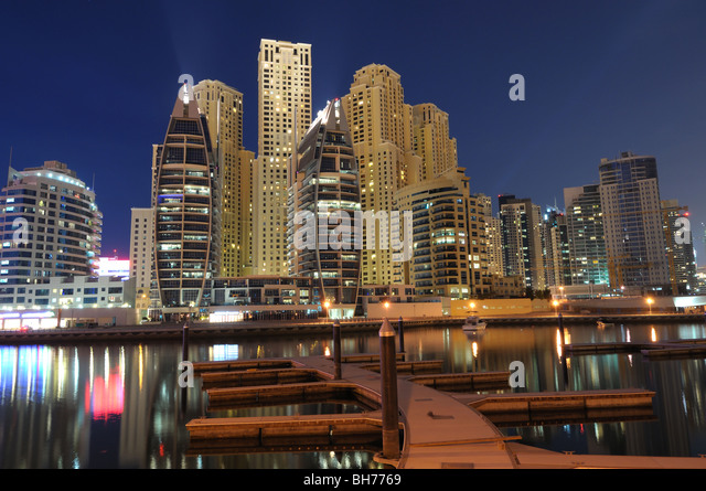 Dubai Marina at night. Dubai, United Arab Emirates - Stock Image